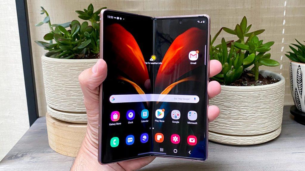 Review Galaxy Z Fold 2, Smartphone Lipat dan Tipis
